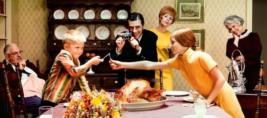 How to Win the Annual Family Fight at the Thanksgiving Table